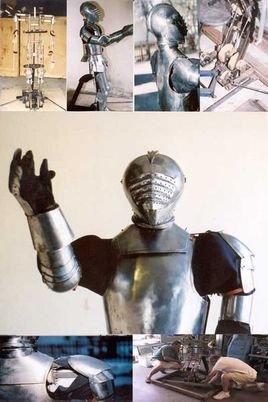 """而这个可能是达·芬奇在1495年完成的设计,被人们称为""""达芬奇机器人""""图片"""