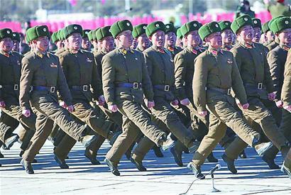 朝鲜鹅式步伐视频_鹅式步伐_360百科